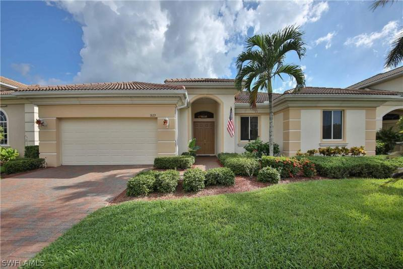 15500  Laguna Hills DR, Fort Myers, FL 33908-