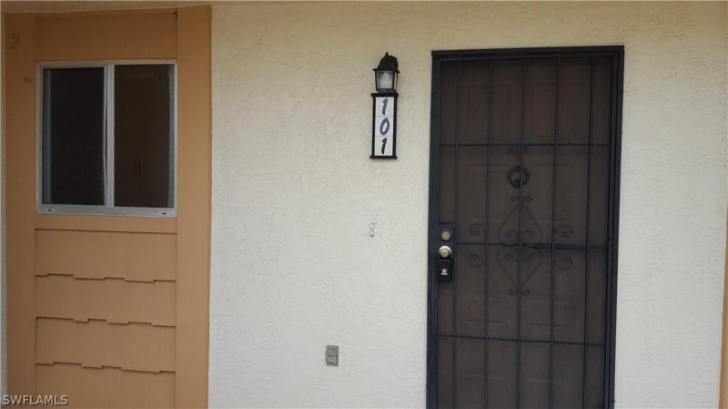For Sale in TIMBERLINE VILLAGE Fort Myers FL