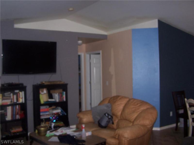 681 E Chestnut, Lehigh Acres, FL, 33974