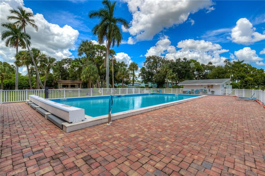 1010 Tropic, North Fort Myers, FL, 33903