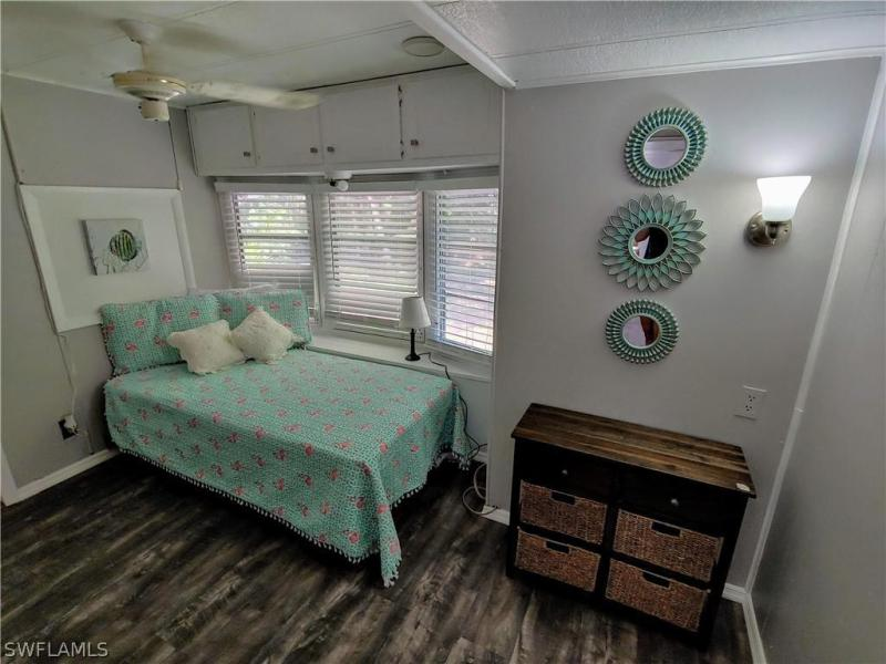228 Caravan, North Fort Myers, FL, 33903