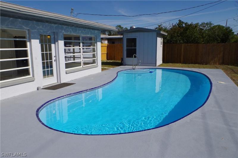 2248 Aldridge AVE Fort Myers, FL 33907 photo 1