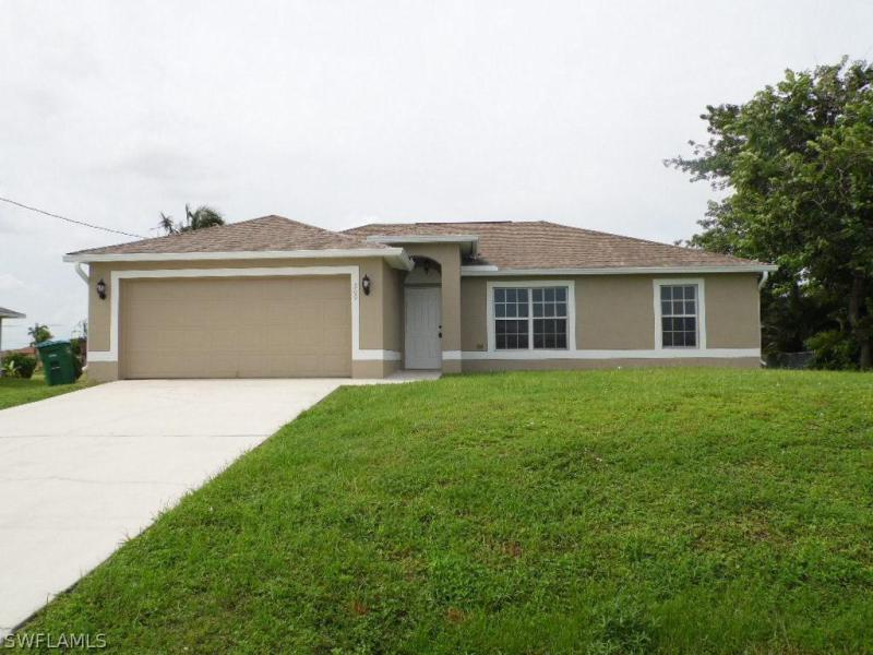 1444 11th ST, Cape Coral, FL 33990