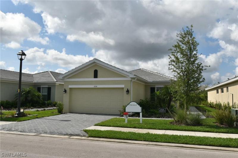 2516  Belleville CT, Cape Coral, FL 33991-
