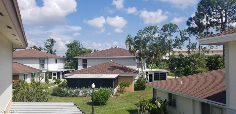 5848  Queen Elizabeth WAY, Fort Myers, FL 33907-