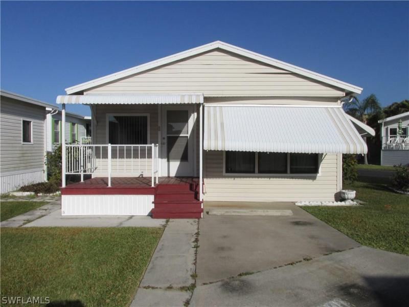 Photo of 19681 Summerlin Road #301, Fort Myers, FL 33908