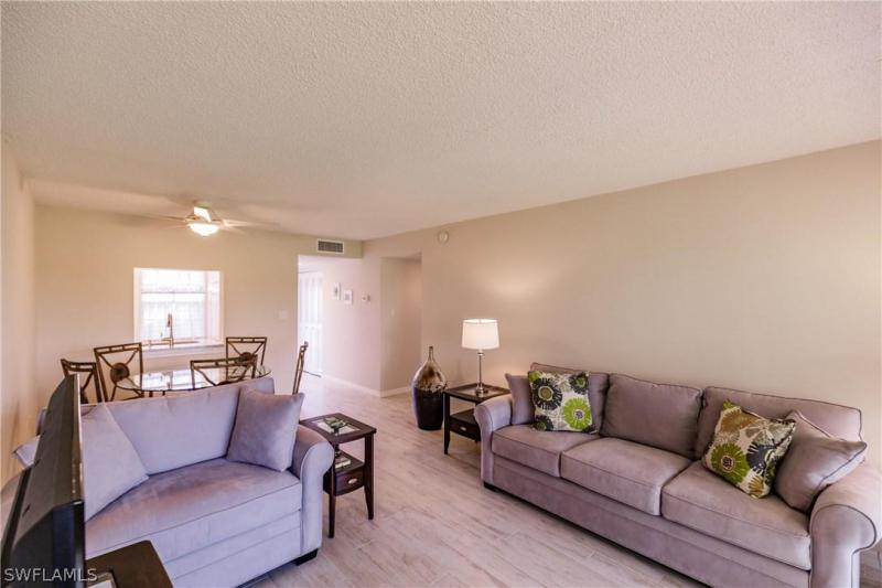 1624 Pine Valley Dr #109, Fort Myers, Fl 33907