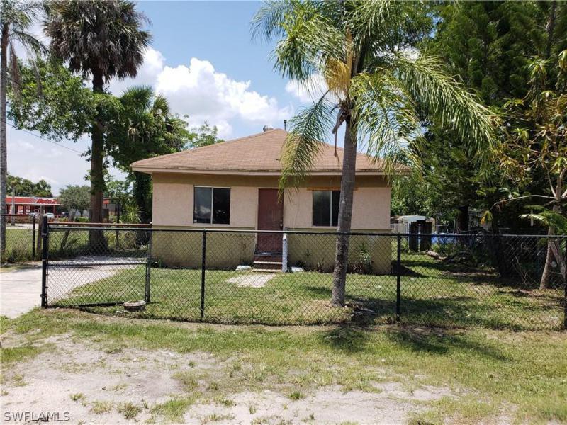 1355  Floral DR, Fort Myers, FL 33916-