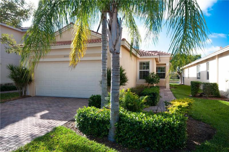 10442  Spruce Pine CT, Fort Myers, FL 33913-