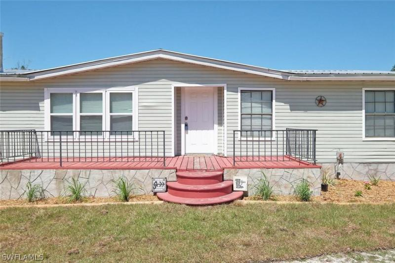 18801 Durrance, North Fort Myers, FL, 33917