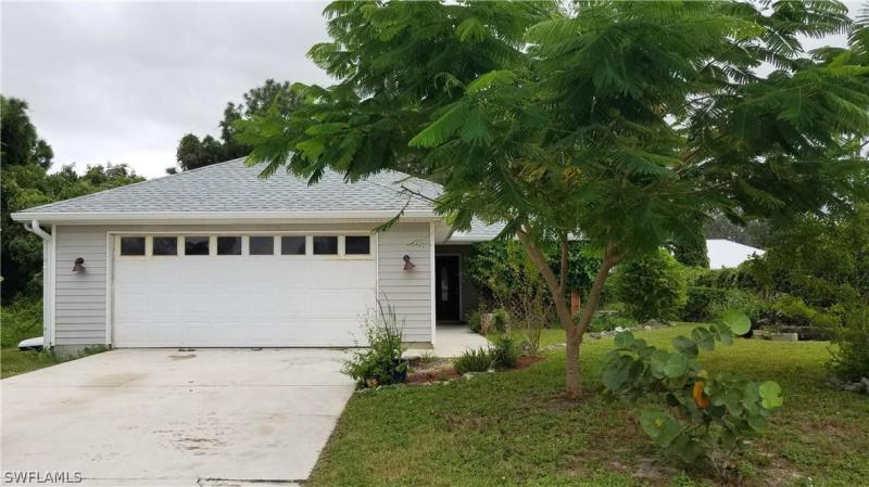 18605-1860 Oriole RD, Fort Myers, FL 33967