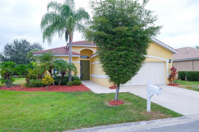 13110 Lake Meadow DR, Fort Myers, FL 33913