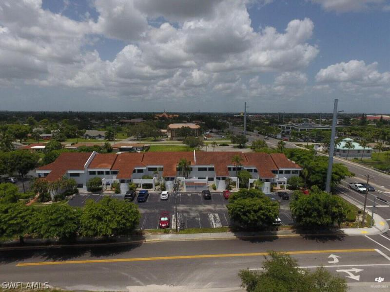Image for OFFICE FOR SALE IN  SUBDIVISION (LEE COUNTY)