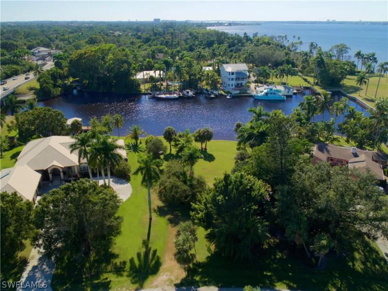 6940 Old Whiskey Creek, Fort Myers, FL, 33908