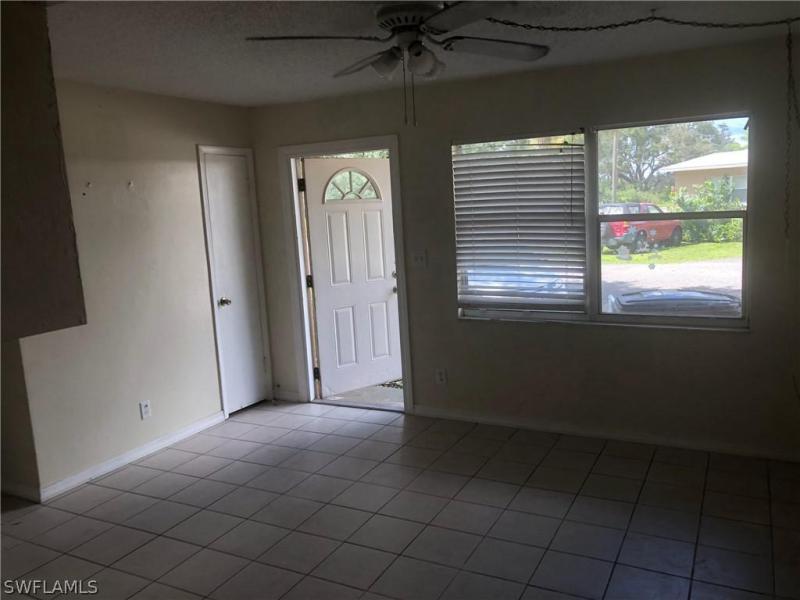 1645  Linwood AVE Alva, FL 33920- MLS#219066692 Image 2