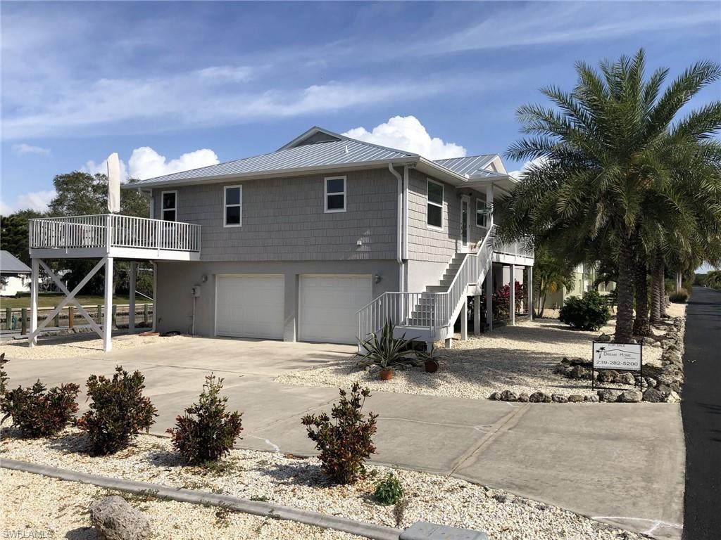 2948  Buttonwood Key,  St. James City, FL