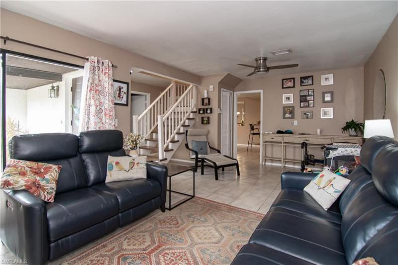11702 Pointe Circle Drive, Fort Myers, Fl 33908