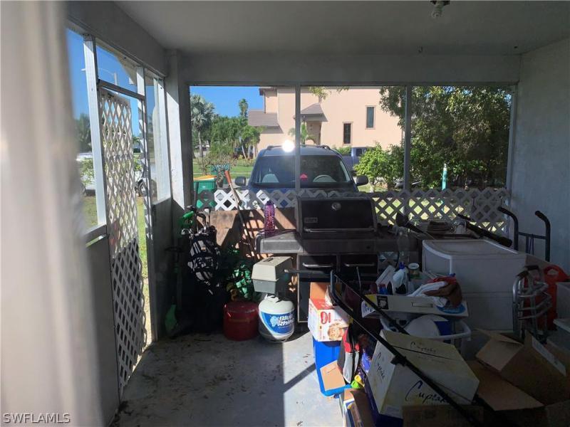 701 N 98th, Naples, FL, 34108