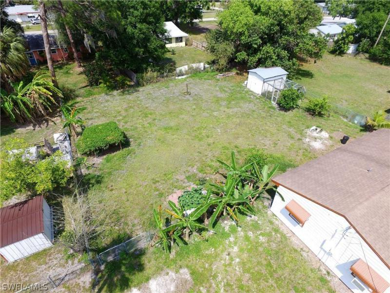 134 Evergreen, North Fort Myers, FL, 33903