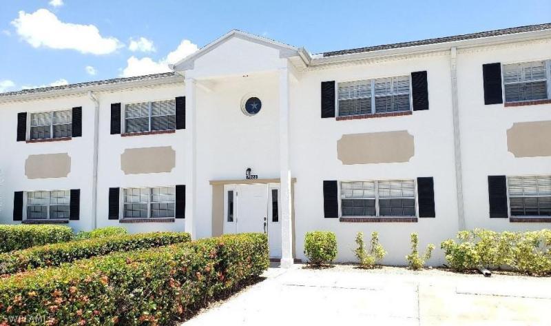 7031 Cedarhurst 11D, Fort Myers, FL, 33919