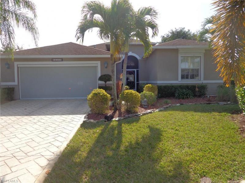 , Fort Myers in Lee County, FL 33919 Home for Sale