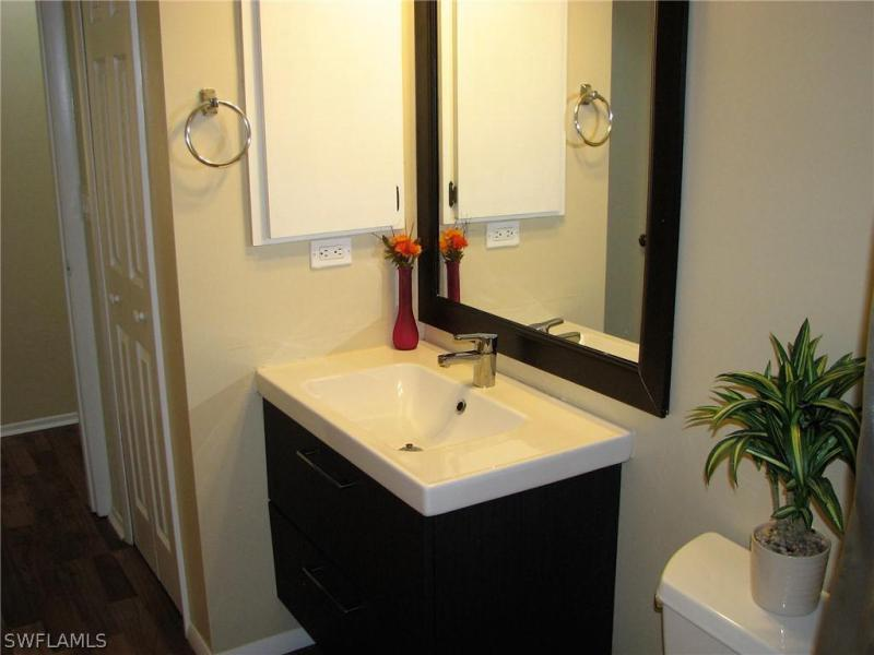 5498 Governors Dr Fort Myers Fl 33907 Governors Island Condo