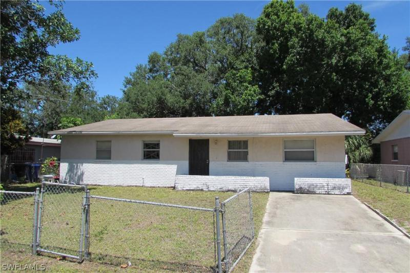 13357  Broadhurst LOOP, Fort Myers, FL 33919-