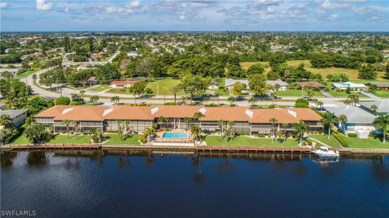 Country Club, Cape Coral, Florida