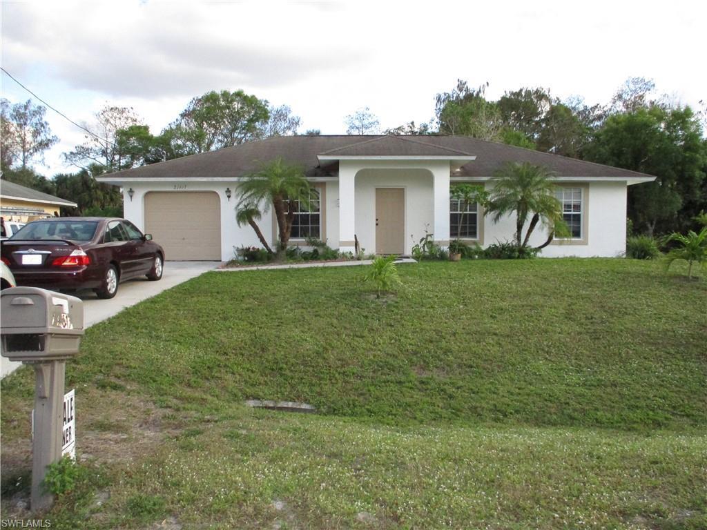 Pinecrest, Bonita Springs in Lee County, FL 34135 Home for Sale