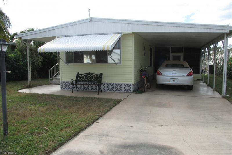 30 Doubloon WAY, Fort Myers Beach, FL 33931
