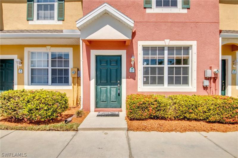 3646  Pine Oak,  Fort Myers, FL