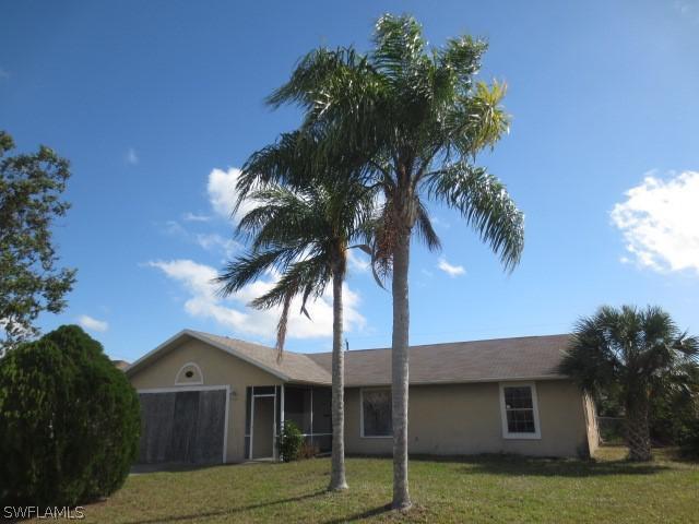 2416 NE 22nd PL, Cape Coral, FL 33909-