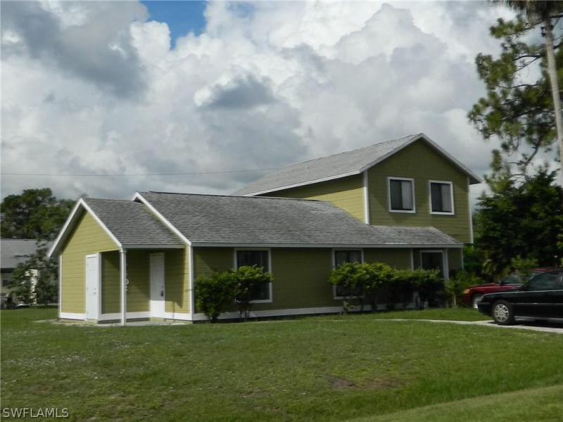 19062  Evergreen RD, Fort Myers, FL 33967-