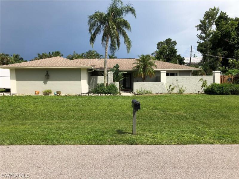 586  Sanford,  Fort Myers, FL