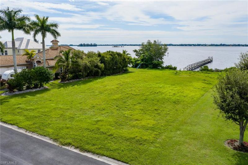6390 River Club, North Fort Myers, FL, 33917