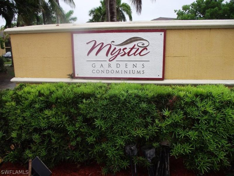 3165  Royalston AVE Unit 102, Fort Myers, FL 33916-
