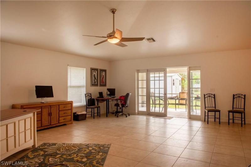901 SW Santa Barbara,  Cape Coral, FL