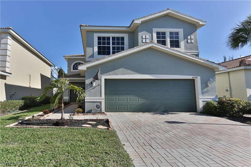 8700  Spring Mountain WAY, Fort Myers, FL 33908-
