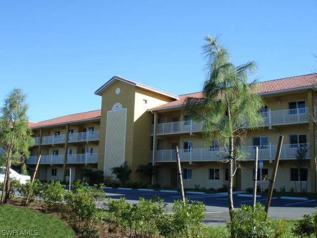 10020  Maddox LN Unit 211, Bonita Springs, FL 34135-