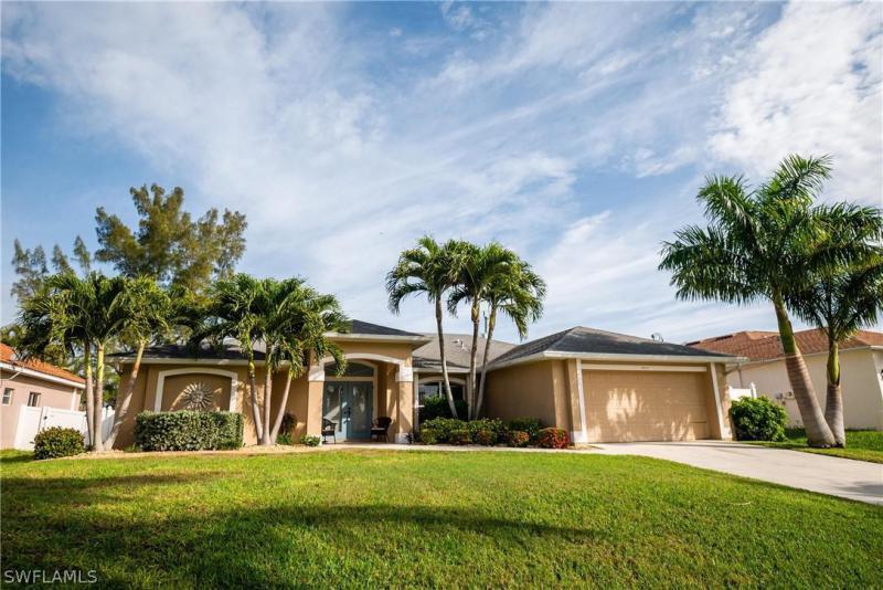 42nd, Cape Coral, Florida