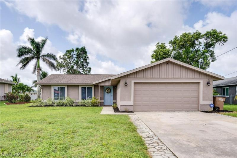 Van Loon, Cape Coral, Florida