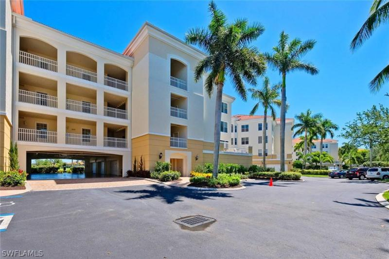 Harbour Yacht, Fort Myers in Lee County, FL 33908 Home for Sale