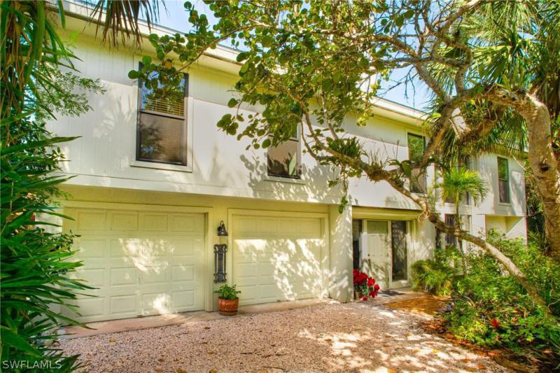 Gulf Pines, Sanibel in Lee County, FL 33957 Home for Sale