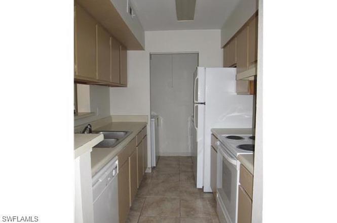 2925  Winkler AVE Unit 913 Fort Myers, FL 33916- MLS#220022361 Image 12