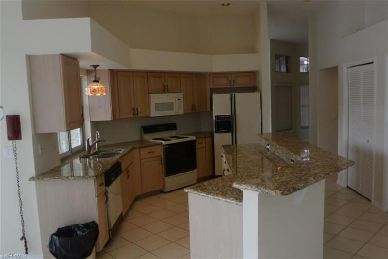 Photo of 12821 Chartwell Drive, Fort Myers, FL 33912