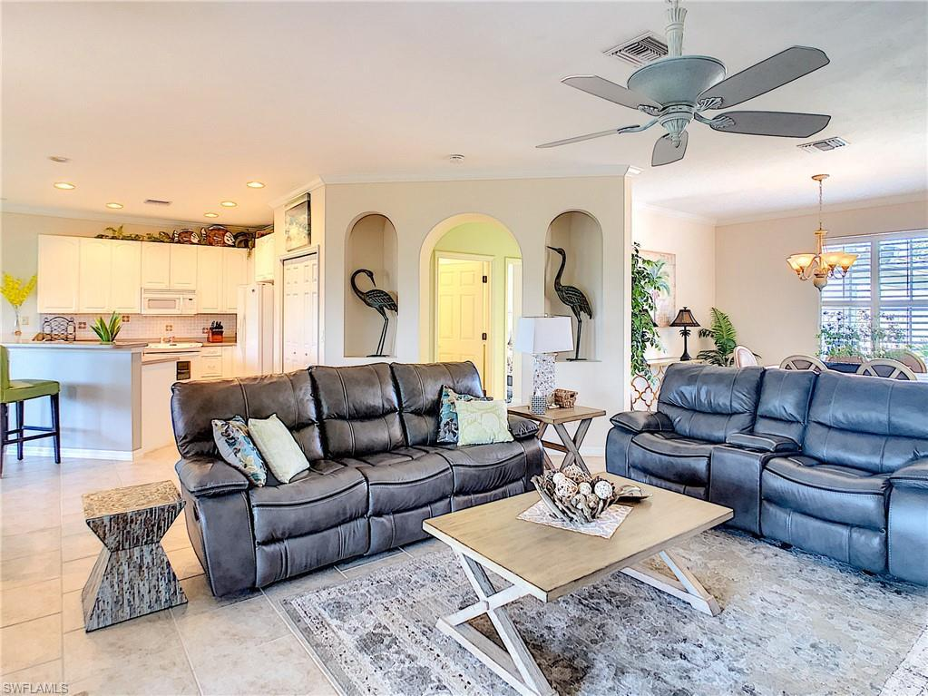 20792 Castle Pines, North Fort Myers, FL, 33917