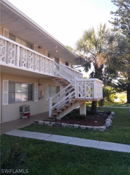618  Gerald AVE Unit 424, Lehigh Acres, FL 33936-