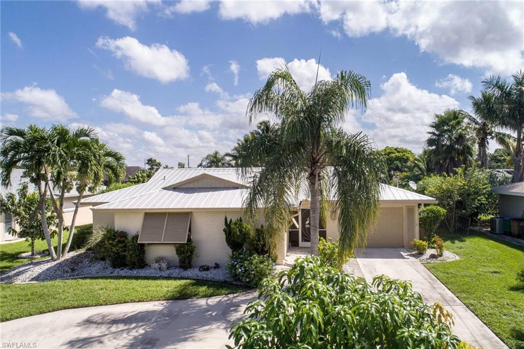 4421 SE 8th,  Cape Coral, FL