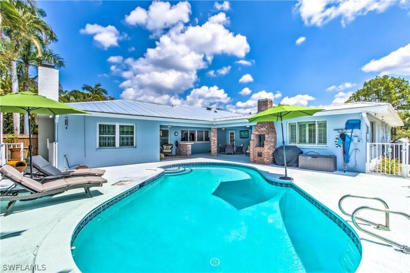 8521  Yorkshire,  Fort Myers, FL