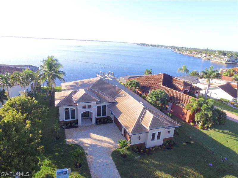 2262 SE 28th,  Cape Coral, FL